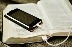 bible-2690295_1920
